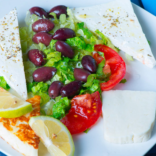 Formaggi misti e olive