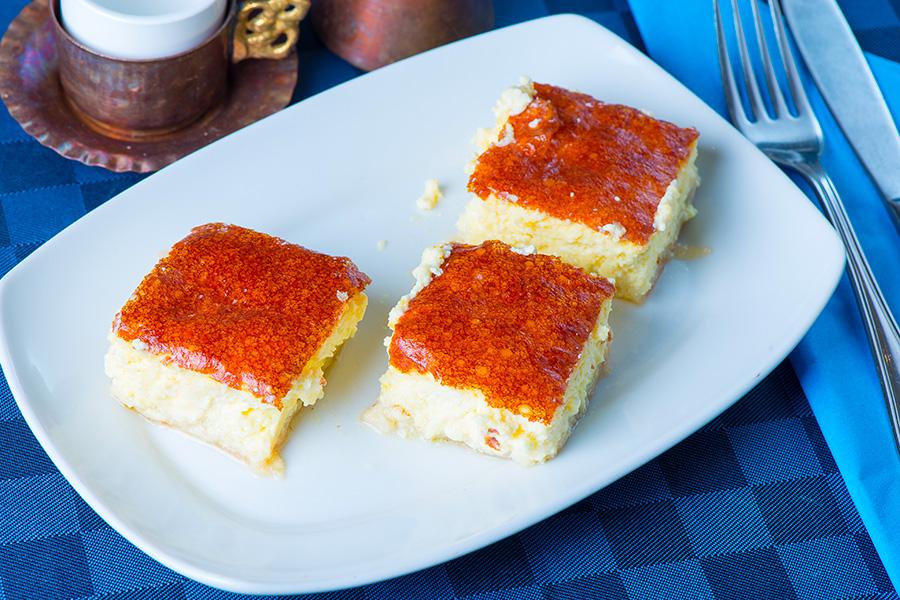 Torta Afroditi con Yoghurt Greco